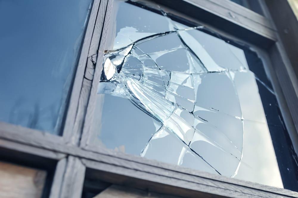 broken window replacement melbourne fl